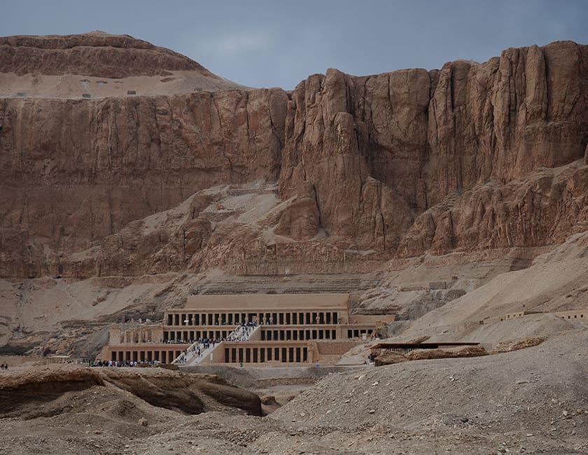 egypt-luxor-min.jpg