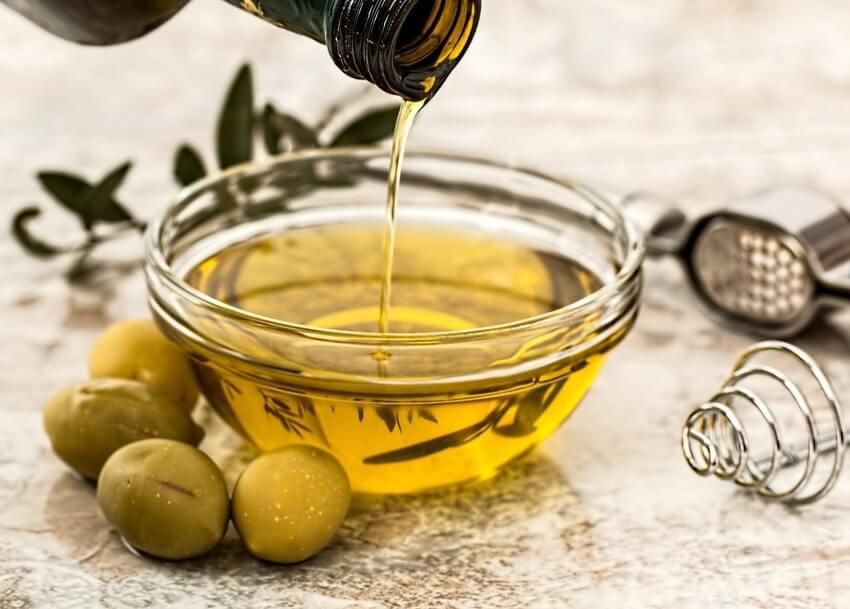 olive-oil-salad-dressing-cooking-olive-2-2.jpg