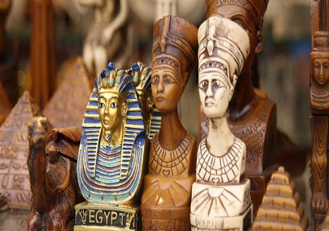 suveniry-iz-Egipta-750x410.jpg